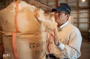 知多半島で育てられた飼料米を買い取り、 農家との共存を目指している